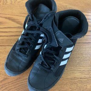 Men wrestling shoes